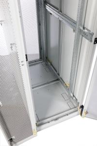 штк-с-45.6.12-48аа шкаф серверный напольный 45u (600x1200) дверь перфорированная, задние двойные перфорированные